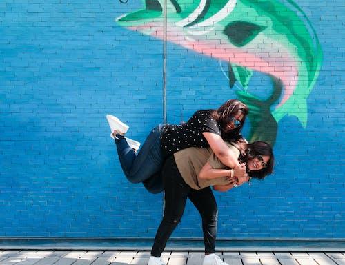 Foto d'estoc gratuïta de amistat, bonic, diversió, dones