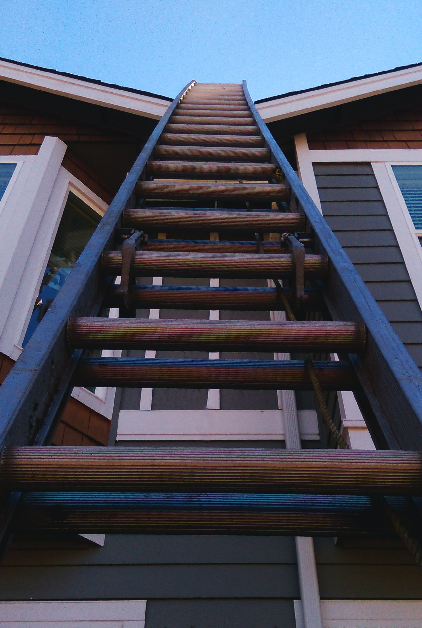 Free stock photo of construction, ladder, roof, up