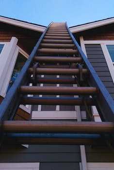 Free stock photo of construction, roof, ladder, up