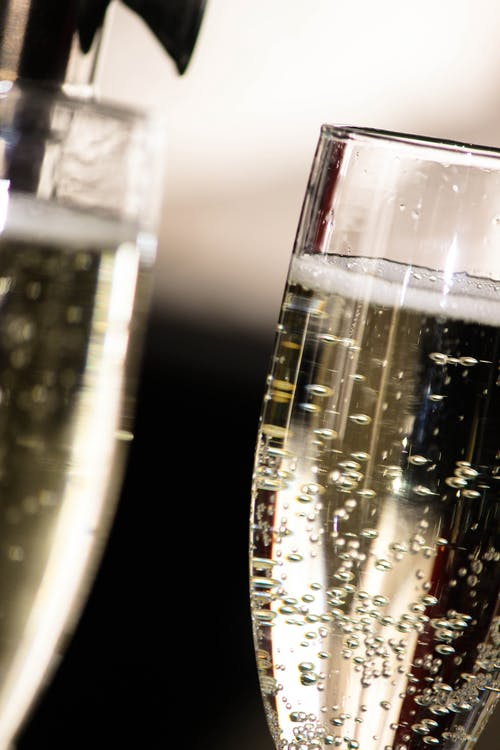 bong bóng rượu sâm banh, buổi tiệc, cận cảnh