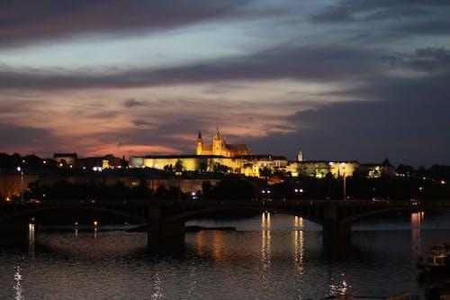 Fotobanka sbezplatnými fotkami na tému Praha, pražský kaštieľ, pražský večer
