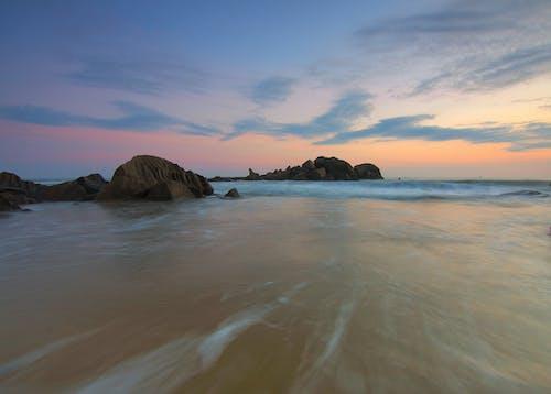 Základová fotografie zdarma na téma HD tapeta, kameny, mávat, moře
