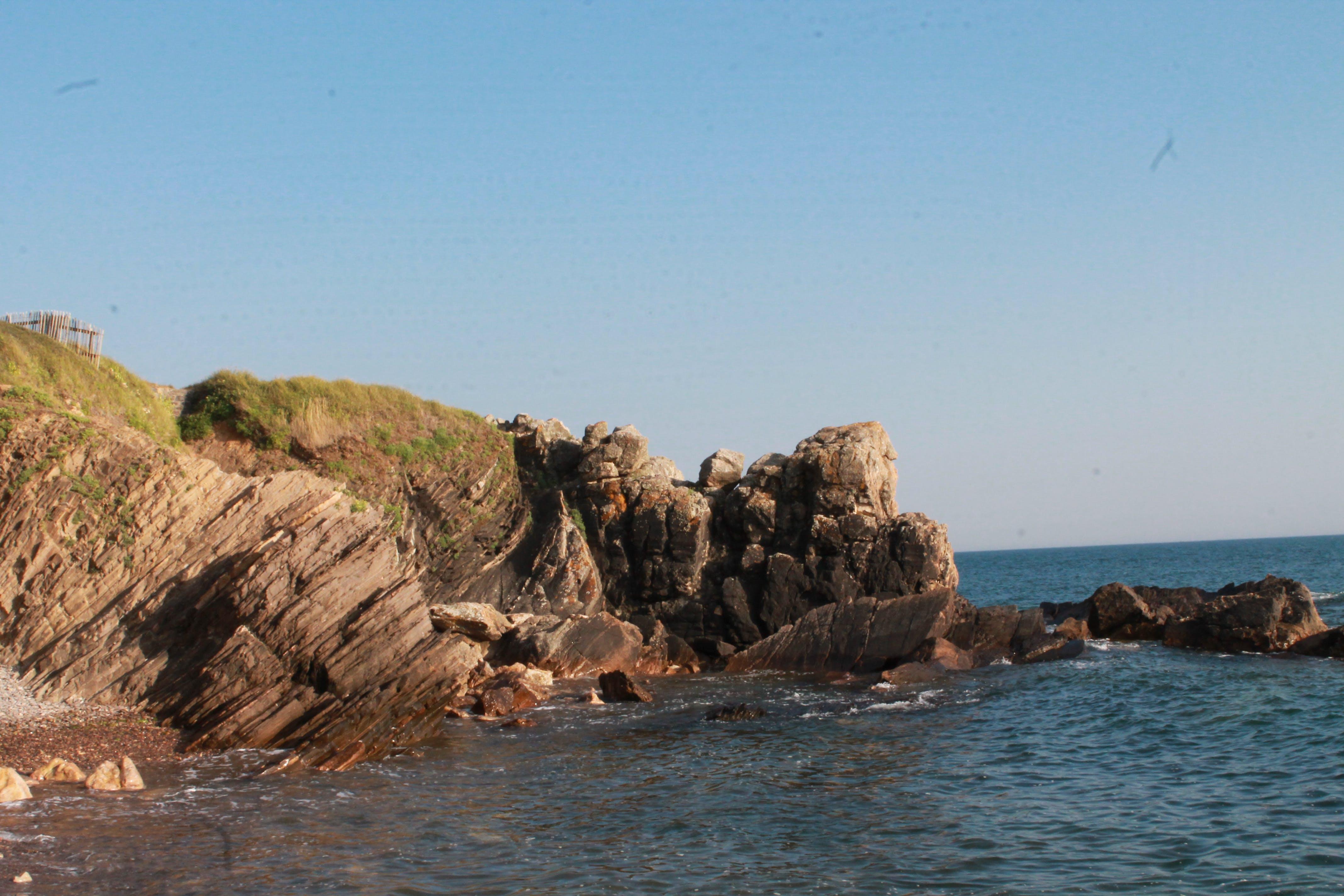 바다, 바위, 산, 증오의 무료 스톡 사진