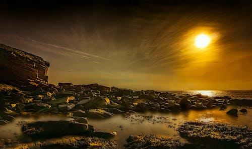 คลังภาพถ่ายฟรี ของ ชายหาด, ดวงอาทิตย์, ตะวันลับฟ้า, ทะเล