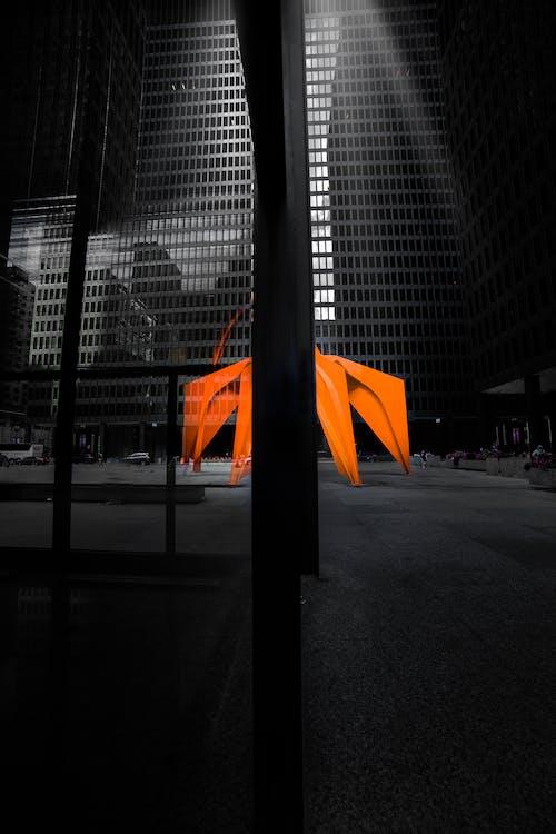 Безкоштовне стокове фото на тему «архітектура, Будівля, відображення, вечір»