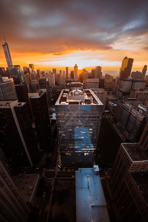 Gratis stockfoto met architectuur, binnenstad, bird's eye view, dageraad
