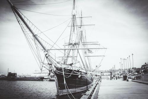 Fotos de stock gratuitas de barca, barco, blanco y negro