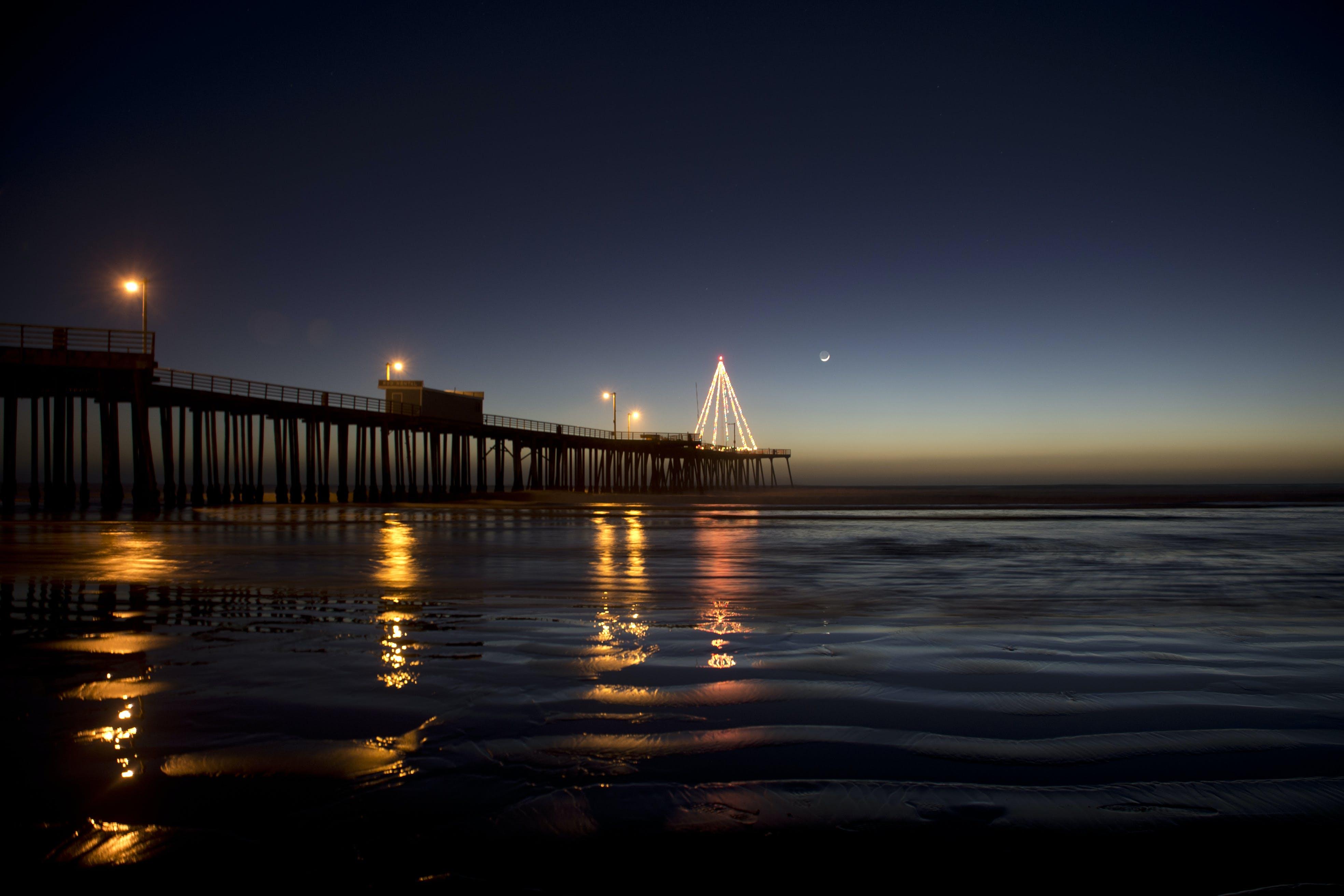 akşam, ay, dalgalar, deniz içeren Ücretsiz stok fotoğraf