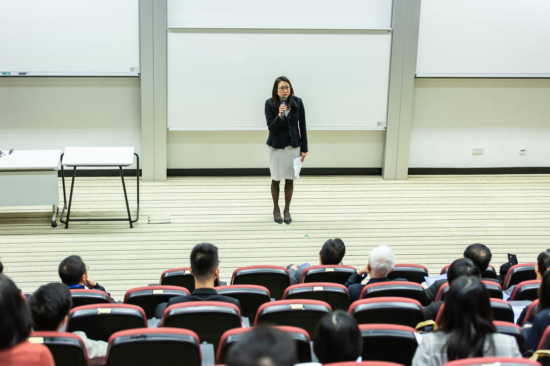 كيف تختار الجامعة المناسبة من أجل الدراسة بالخارج؟