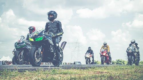 คลังภาพถ่ายฟรี ของ กีฬาผาดโผน, นักขี่จักรยาน, มอเตอร์สปอร์ต, ไบเกอร์