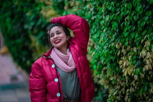 スカーフ, スマイル, ファッション, フォーカスの無料の写真素材