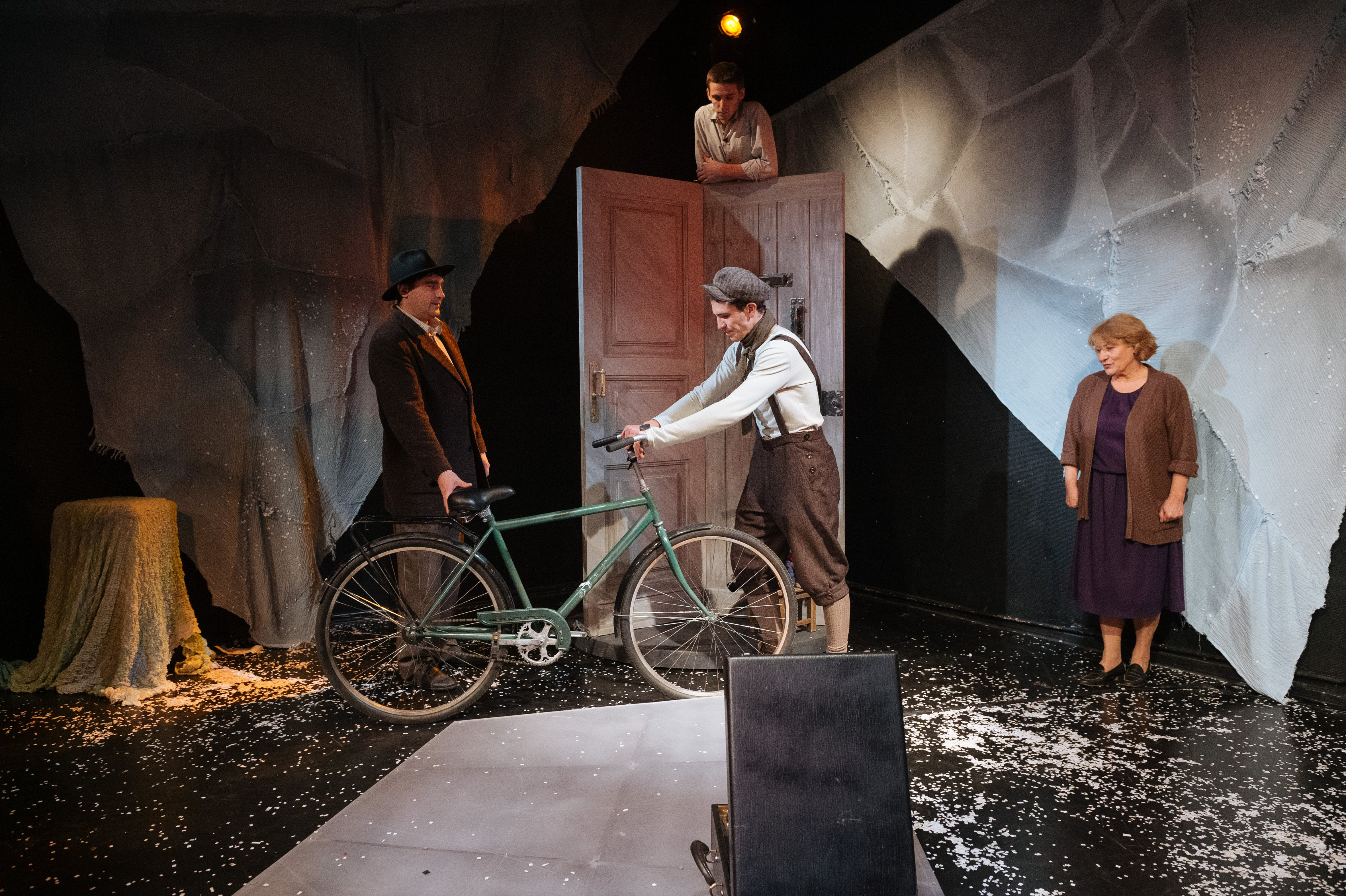 Free stock photo of actor, bicycle, theatre