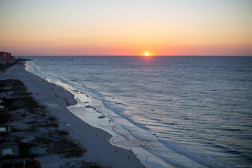 คลังภาพถ่ายฟรี ของ ชายฝั่งทะเล, ชายหาด, พระอาทิตย์ขึ้น