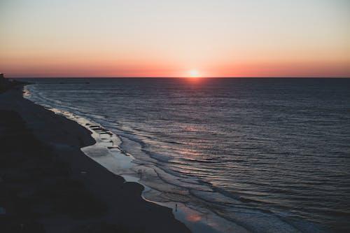 คลังภาพถ่ายฟรี ของ ขอบฟ้า, ชายฝั่งทะเล, ชายหาด, พระอาทิตย์ขึ้น