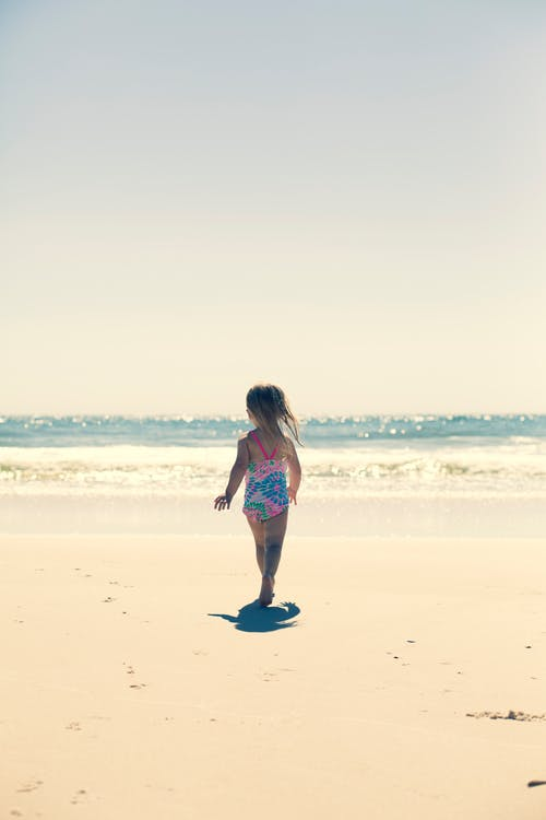Photos gratuites de amusement, bord de mer, enfant, individu