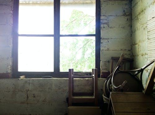 Gratis lagerfoto af beskidt, bygning, forladt, indendørs