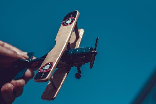 Kostenloses Stock Foto zu spielzeugflugzeug
