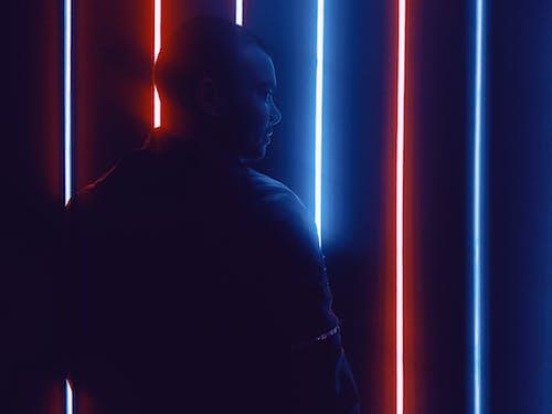 Imagine de stoc gratuită din fotografierea cu lumină scăzută, în picioare, lumini de neon, lumini led