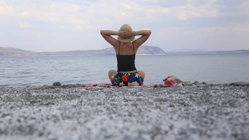 Immagine gratuita di lago salda, ragazza