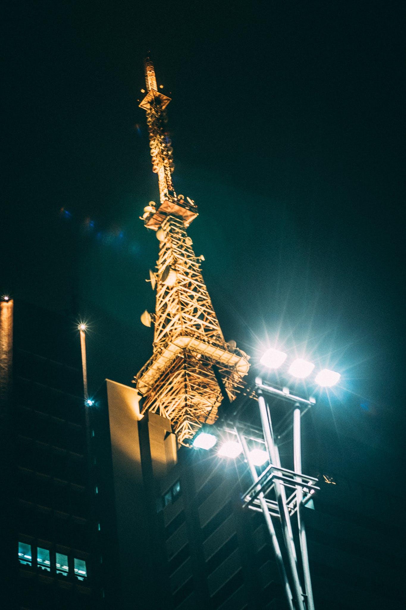 คลังภาพถ่ายฟรี ของ ตอนเย็น, ทันสมัย, สถาปัตยกรรม, ส่องสว่าง