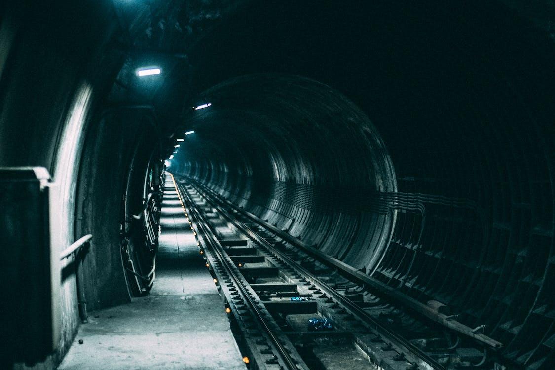 jernbane, lys, mørk