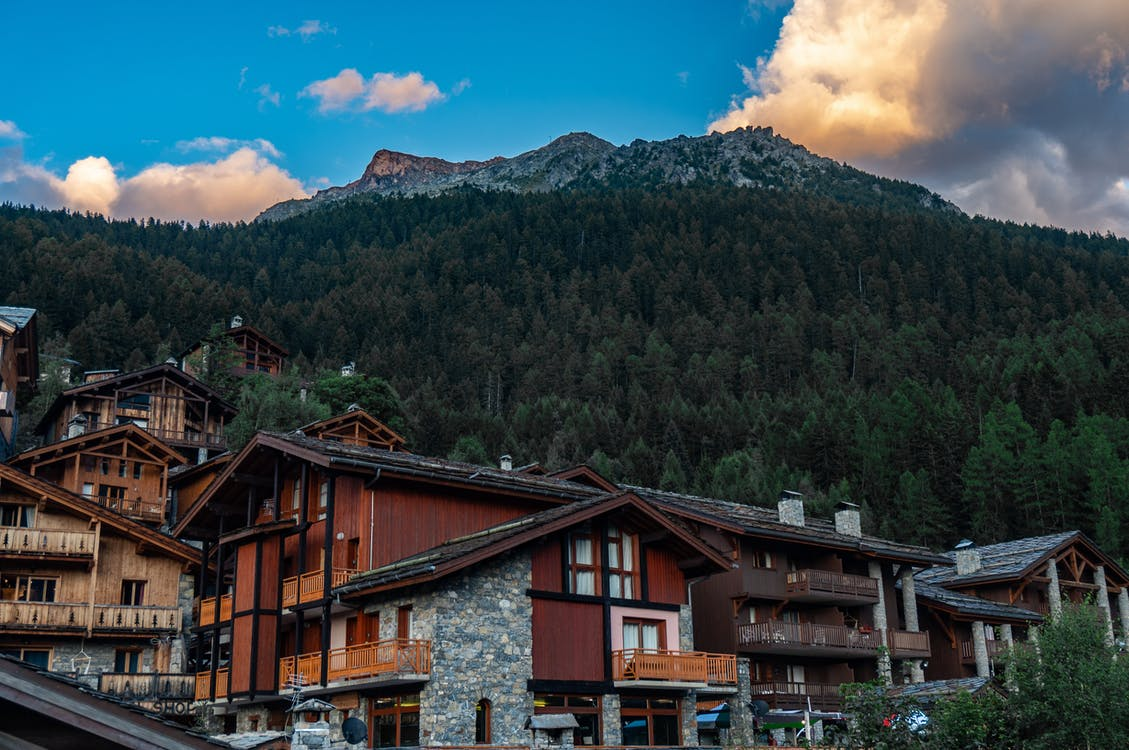 Альпийский, архитектура, вода