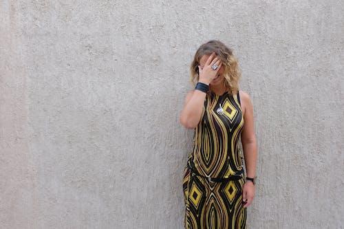 Kostenloses Stock Foto zu elegant, fashion, frau, haar