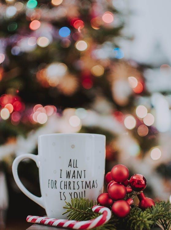adorns, advent, any nou