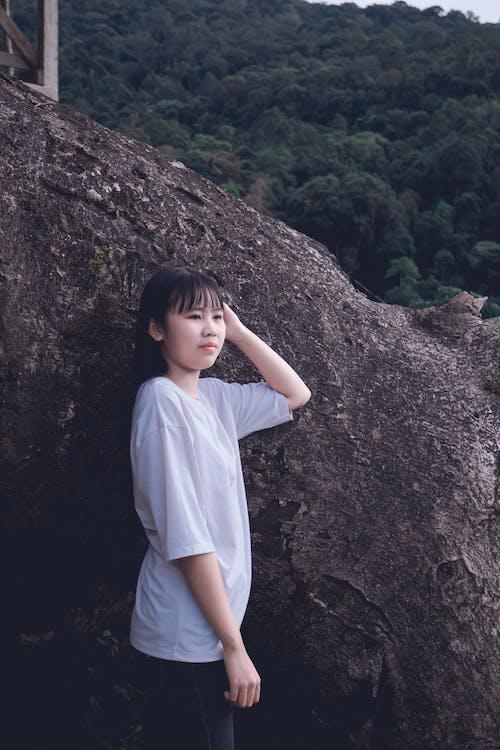 Kostenloses Stock Foto zu asiatische frau, bezaubernd, gesichtsausdruck, hübsch
