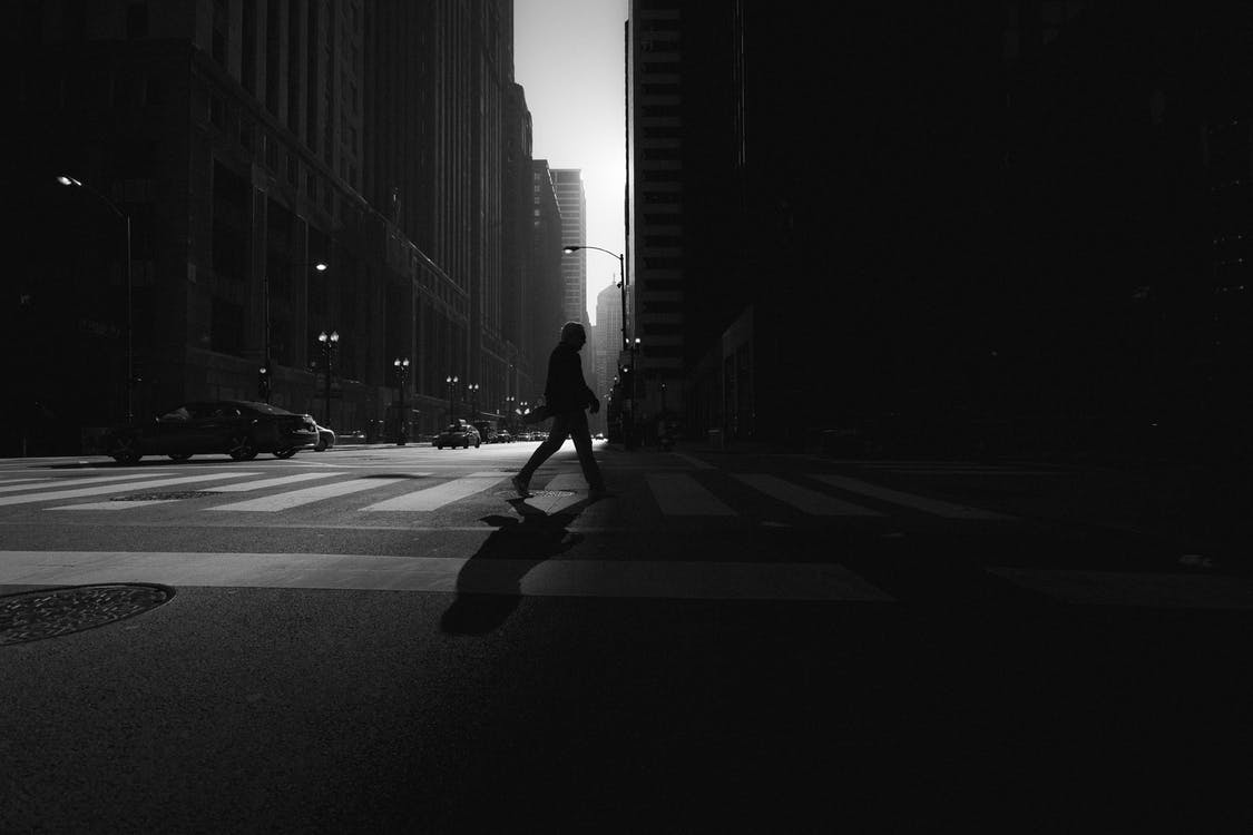 árnyék, aszfalt, átkelés