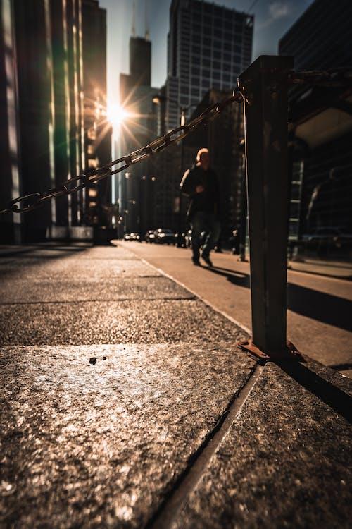 Kostnadsfri bild av arkitektur, byggnader, gående, gata