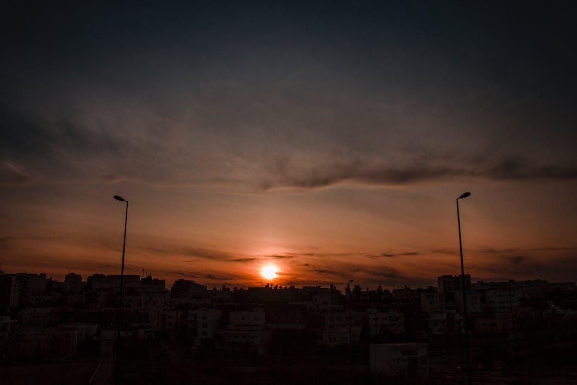 傍晚的天空, 傍晚的太陽, 城市