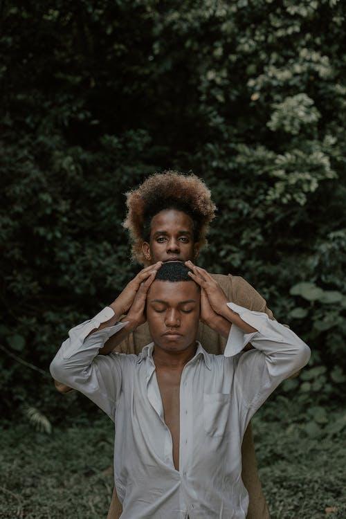 Afro, akıl sağlığı, çeşitlilik, doğal içeren Ücretsiz stok fotoğraf