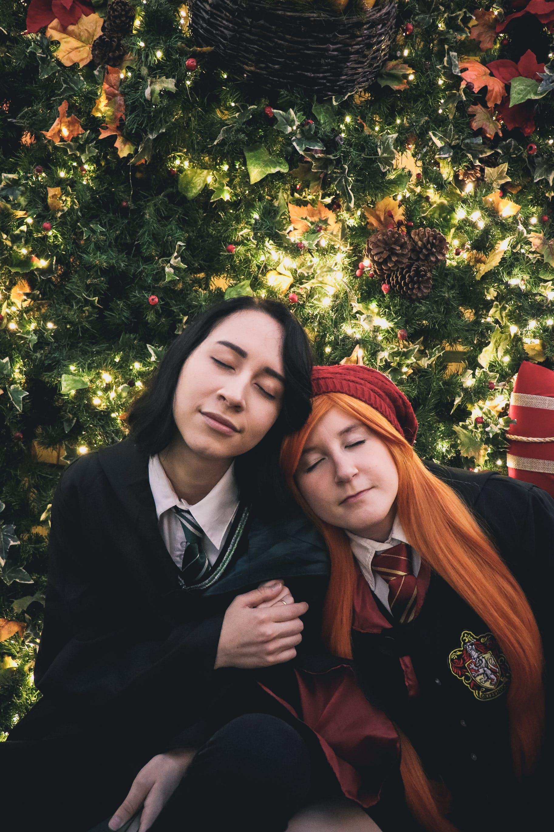 Free stock photo of beautiful girl, blurred background, bonnet, christmas lights