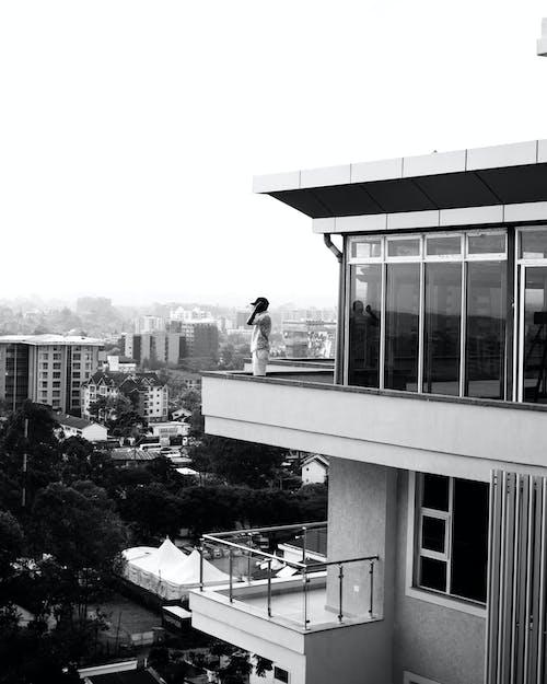 Безкоштовне стокове фото на тему «дах, модель-чоловік»