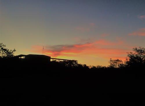 gün batımı, ตะวันตก içeren Ücretsiz stok fotoğraf