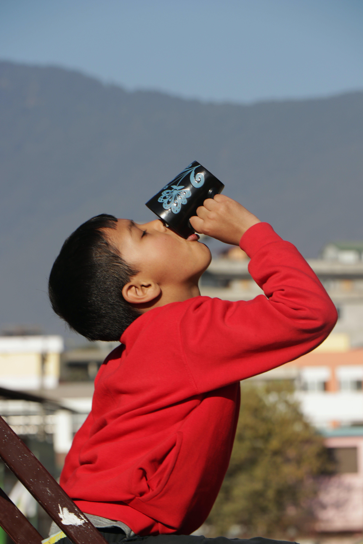 Free stock photo of boy, drinking, shree