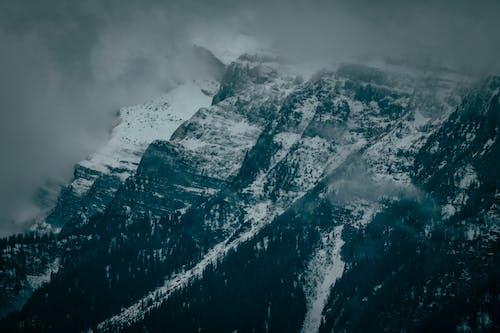 Gratis stockfoto met bergtop, hoog, kou, landschap