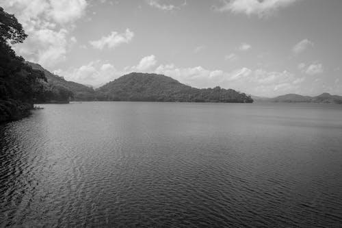 Základová fotografie zdarma na téma hory, klidné vody
