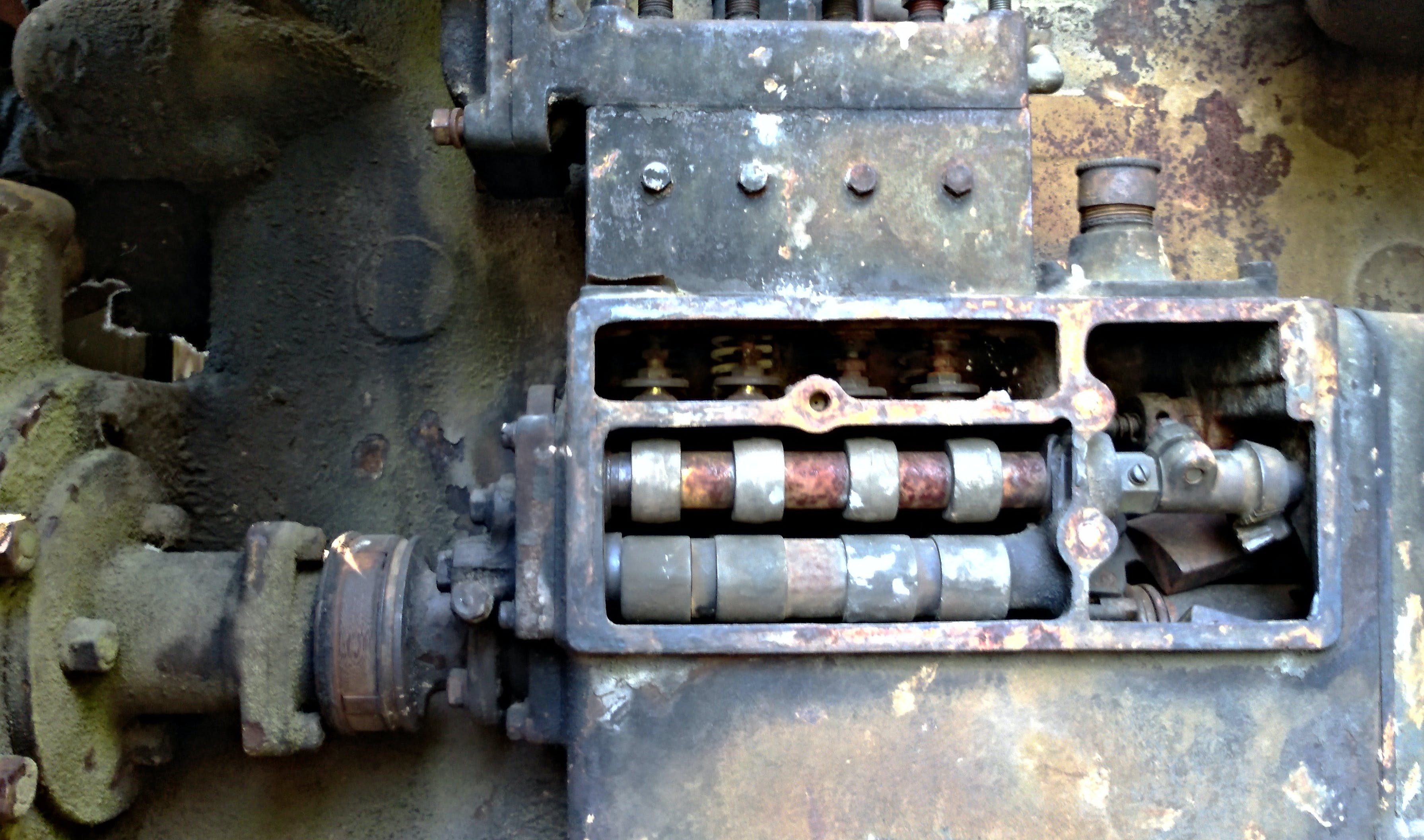 Free stock photo of antique, engine, machine, rusty