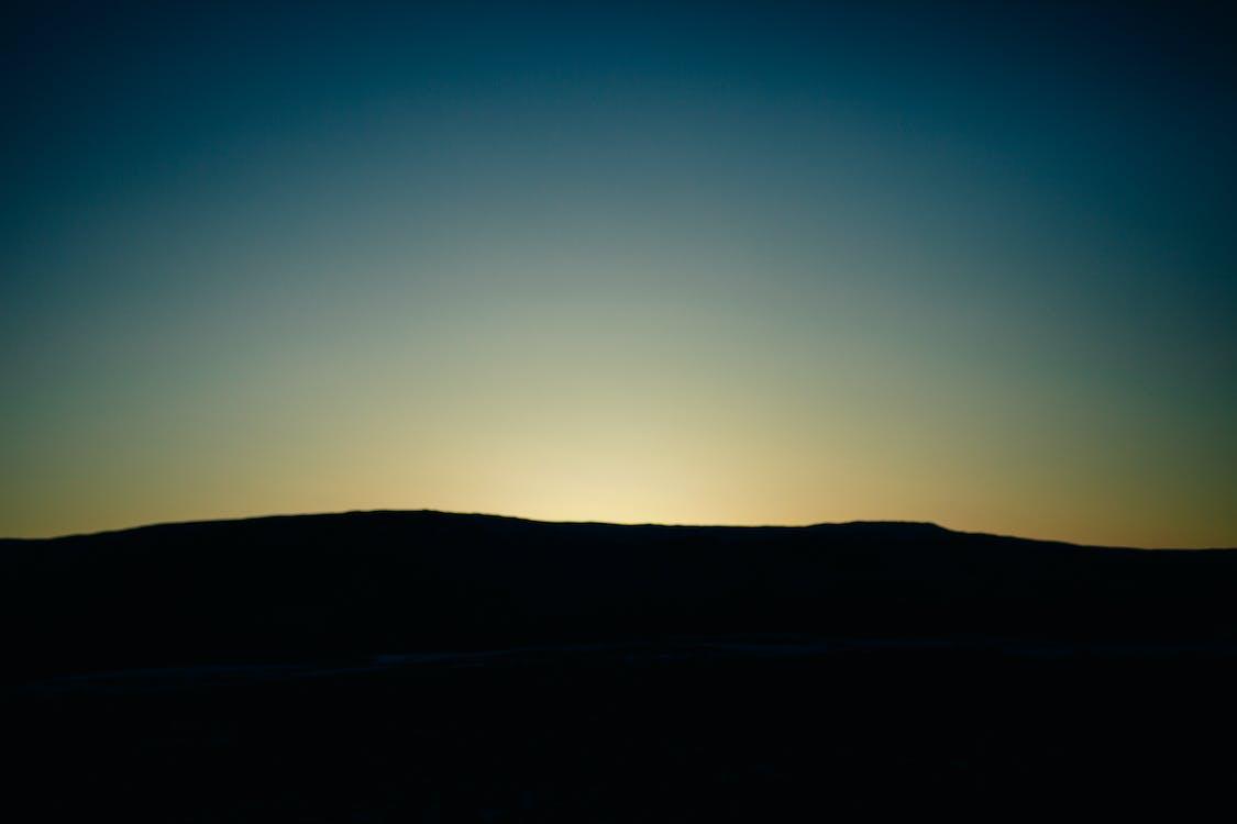 noc, súmrak, svitanie