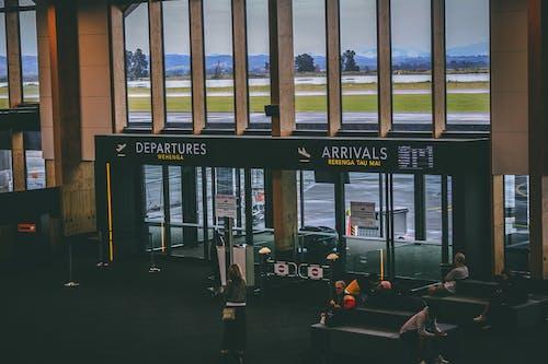 Immagine gratuita di aeroporto, entrata, interni, passeggeri