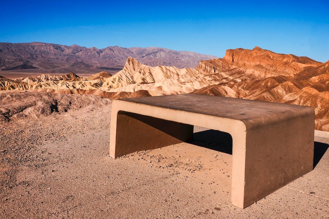 çöl, dağlar, manzara içeren Ücretsiz stok fotoğraf