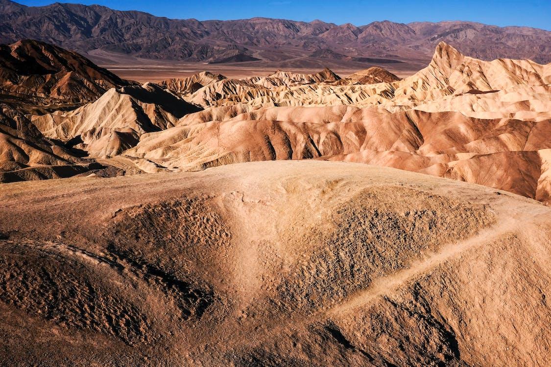 çöl, dağlar, ölüm vadisi içeren Ücretsiz stok fotoğraf