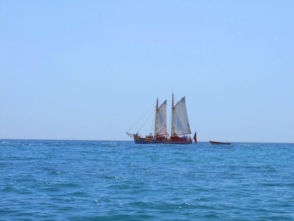 海洋, 船