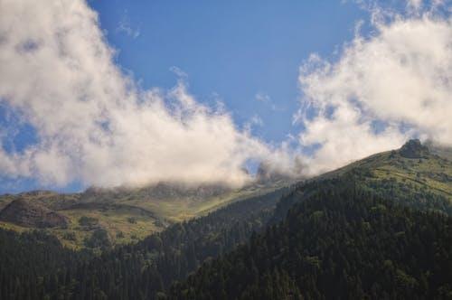 Бесплатное стоковое фото с cloudly, гора