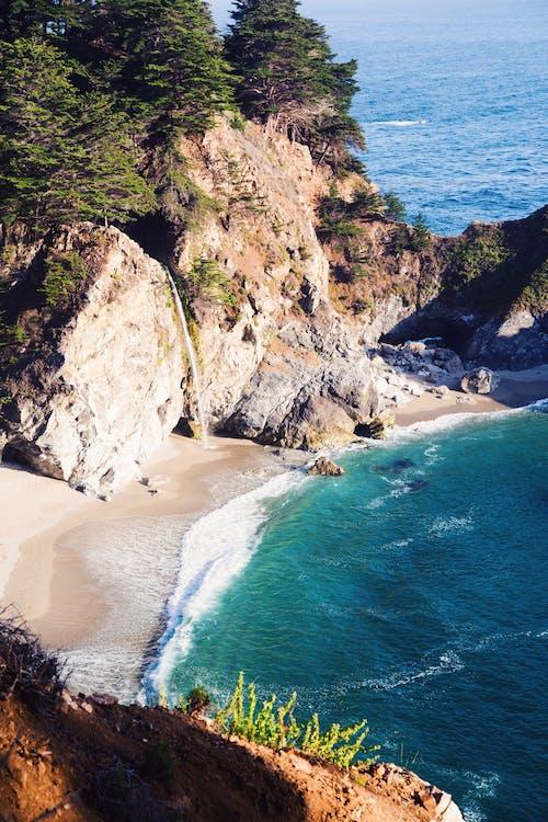 岩石的, 水, 海, 海岸 的 免费素材照片