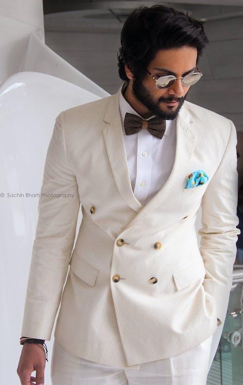 Fotobanka sbezplatnými fotkami na tému alifazal, biele šaty, biely kabát, bollywood