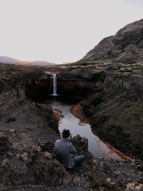 Kostnadsfri bild av berg, kaskad, man, natur