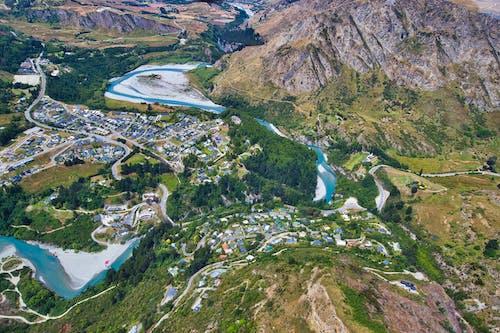 Gratis stockfoto met architectuur, bergen, bergtop, bird's eye view